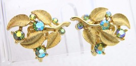 VTG RARE CROWN TRIFARI Gold Tone Green AB Rhinestone Flower Clip Earrings - $39.60