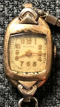 Vintage Roman Swiss Made Women's Watch - Functional - $7.54
