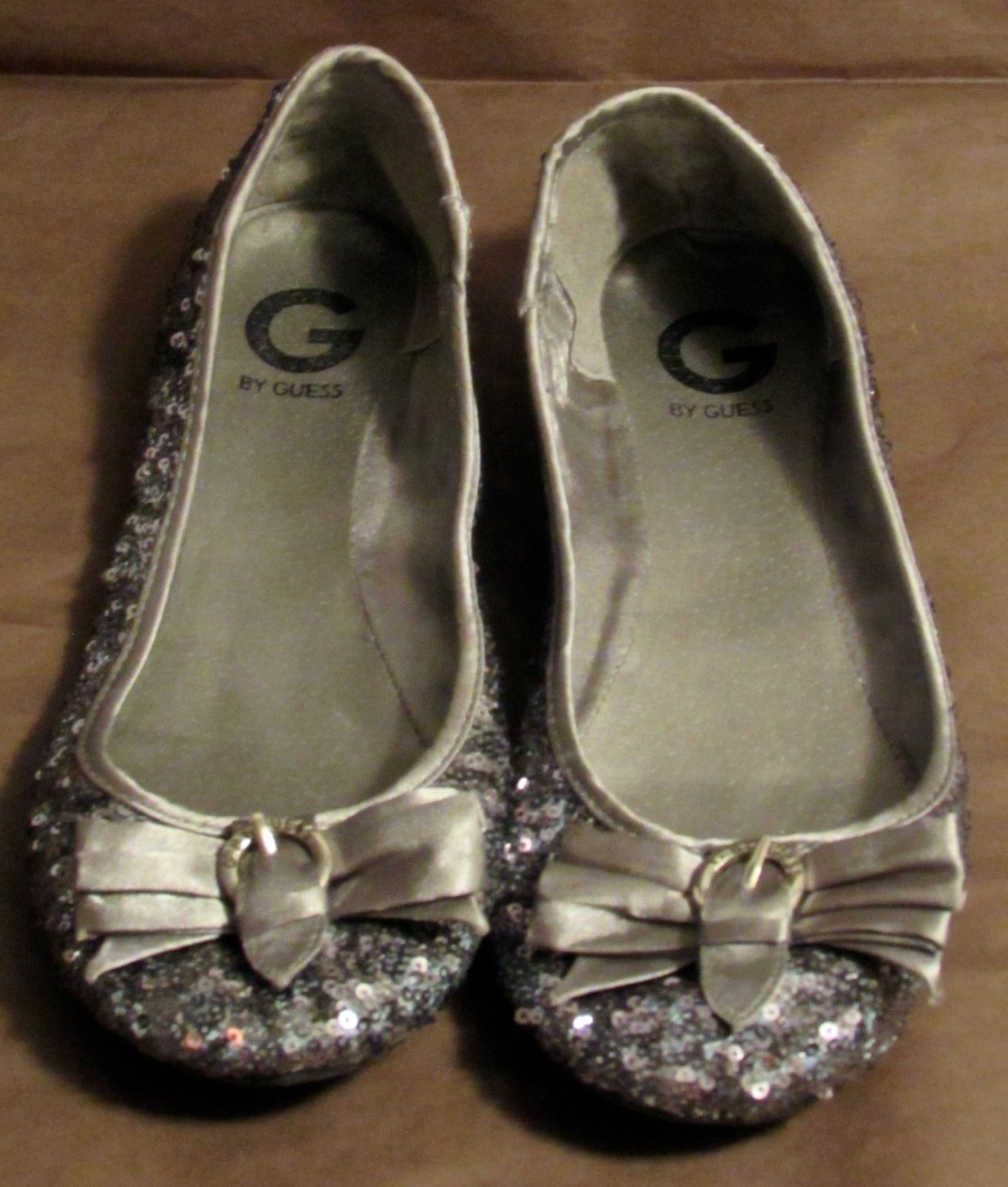 "G by Guess Women's ""Fruity2"" Sequin Pewter-Multi Synthetic Flats S: 9.5 M"