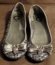 """G by Guess Women's """"Fruity2"""" Sequin Pewter-Multi Synthetic Flats S: 9.5 M"""