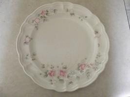 Pfaltzgraff Tea Rose dinner plate 3 available - $11.04