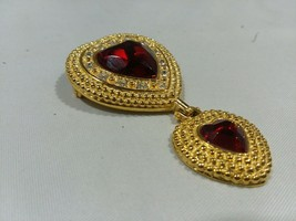 Vintage signed VICTORIA'S SECRET Double Red HEART Rhinestone Dangle Pin ... - $12.76