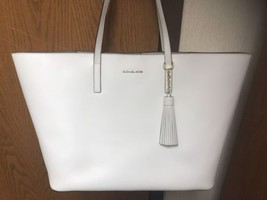 Michael Kors EMRY Leather XL Tote Optic White + Matching Leather Tassel Fob - $177.64