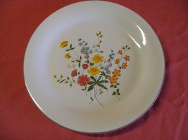 "Grace Stoneware Meadow Bouquet 3 Dinner Plates 10.5"" - $19.95"