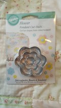 Flower Cut Out,Wilton,Fondant, Gum Paste Cutter Set,Metal,Silver,417-435... - $3.95