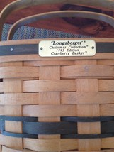 VINTAGE LONGABERGER SIGNED HANDWOVEN CRANBERRY BASKET. CHRISTMAS COLLECTION 1995 image 1