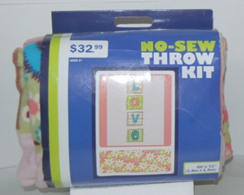 No Sew 11306495 Throw Kit Love In Boxes With Flowers 60 By 72 Inches