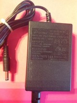 GENUINE DELTA ADP-25HB 16M0300 30V 0.83A AC Power Adapter Charger TESTED - $8.38