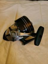 Daiwa 9650A Vintage Spincast Fishing Reel for parts image 3