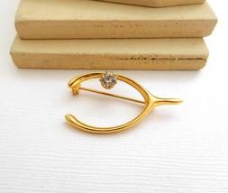 Vintage Gold Tone Clear Rhinestone Lucky Wishbone Brooch Pin NN18 - $13.45
