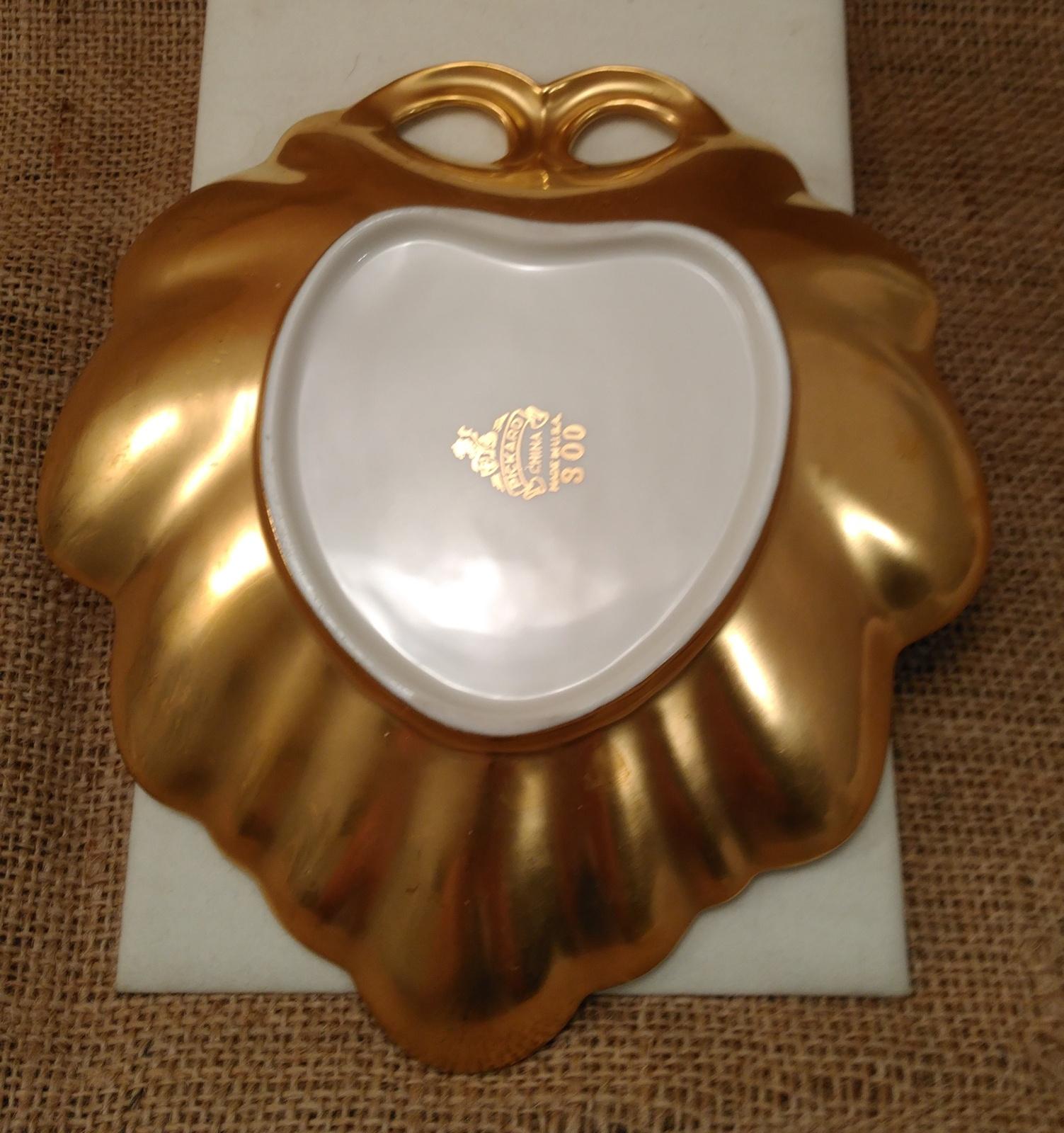 Vintage PICKARD China Rose & Daisy Pattern Gold LEAF Shape Candy Dish #300