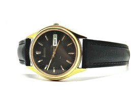 90's Retro SEIKO Quartz light weight Watch New strap and Battery Installed - $31.65