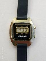 Sundial ladies or youth quartz vintage digital watch - $8.59