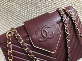 AUTHENTIC NEW Chanel Burgundy Quilted LAMBSKIN FLAP BAG GOLDTONE HW image 2