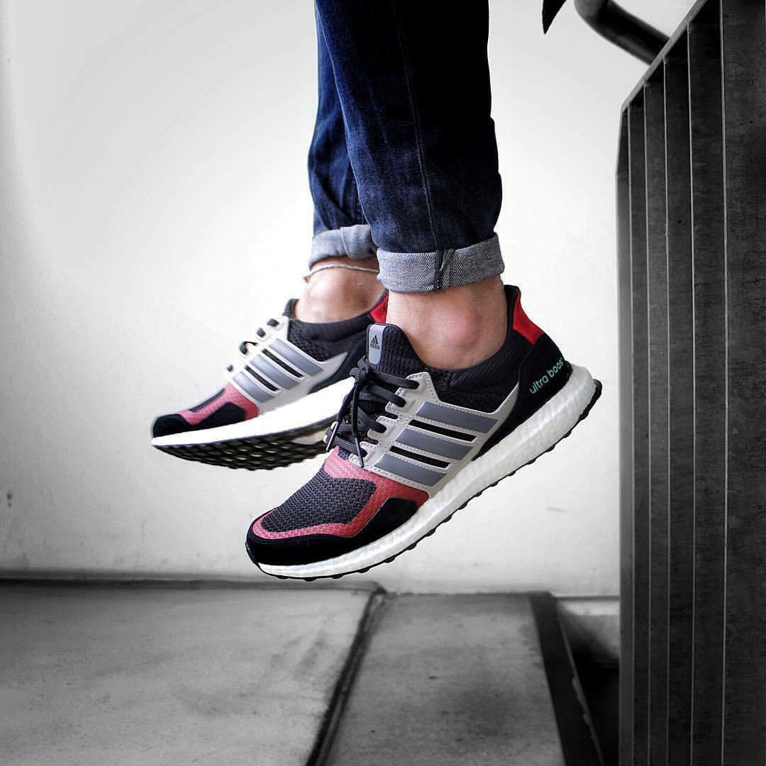ADIDAS ULTRABOOST 1.0 S&L BLACK/GREY/RED SIZE 11 BRAND NEW WITH BOX (EF0724)