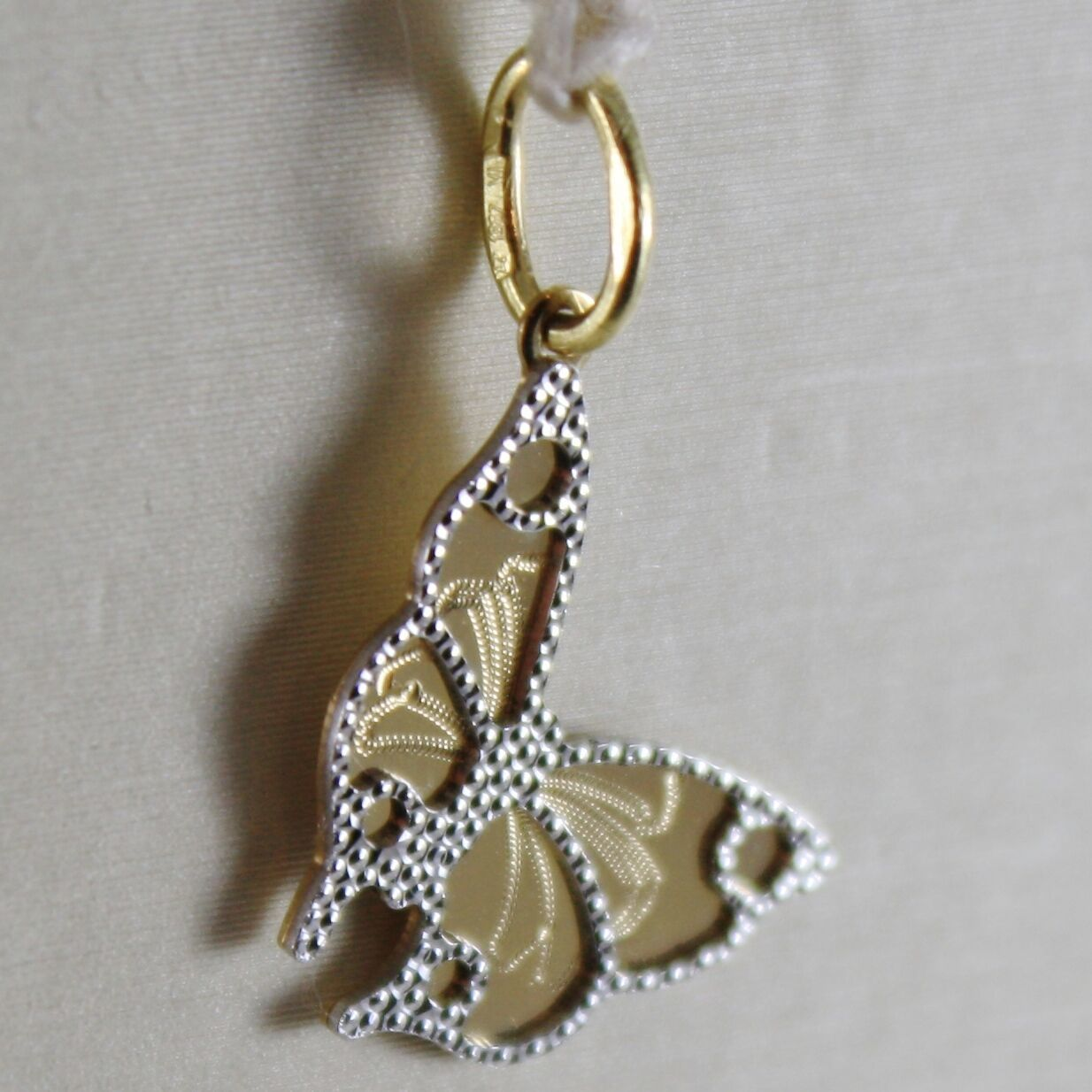 18K WHITE & YELLOW GOLD LITTLE BUTTERFLY PENDANT FINELY WORKED, MADE IN ITALY