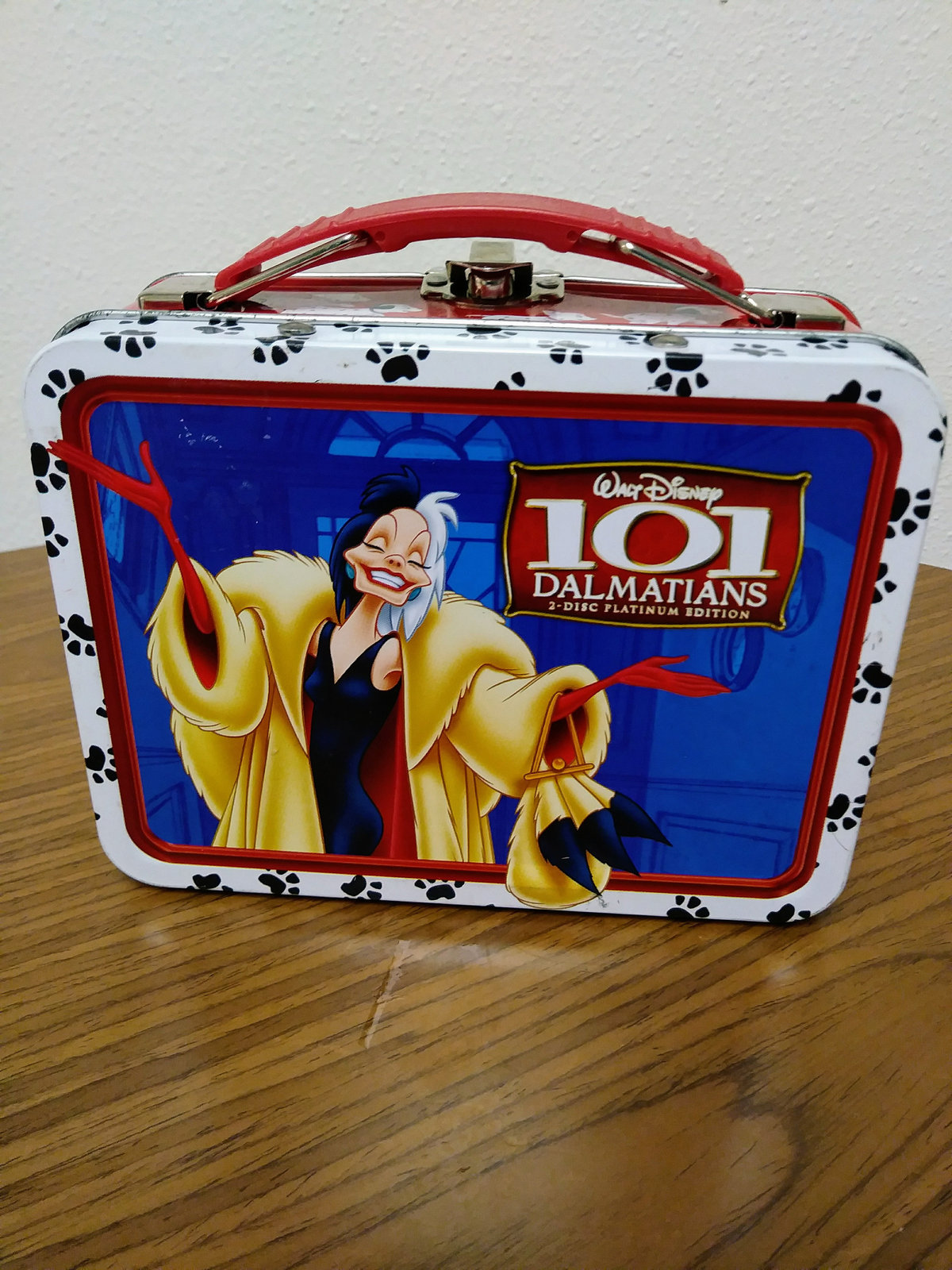 Walt Disney 100 Dalmatians Mini-Tin Lunch Box