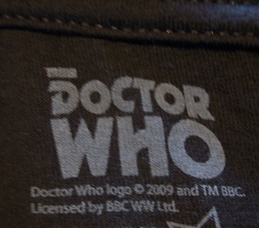 VINTAGE STYLE DOCTOR WHO Lost In Time & Space!  BBC T-Shirt XL NEW