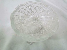 """Vintage Avon Trinket Cup Pressed Glass 2"""" Tall Square Base - $12.34"""