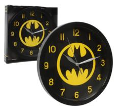 DC Comics Superhero Batman Analog Wall Clock 9 3/4 inches + 1 JUMBO Pen - $19.31