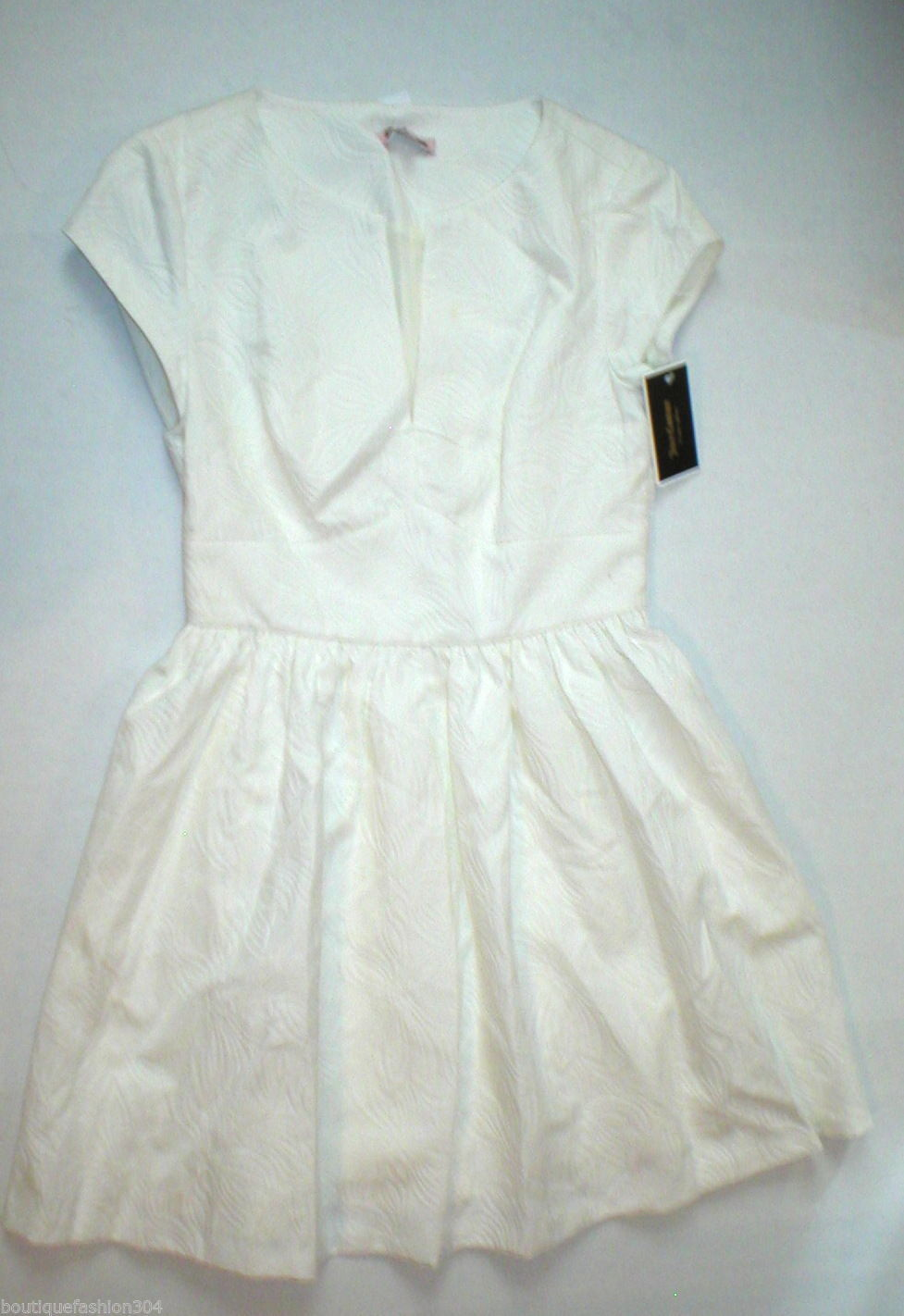 New Juicy Couture Dress Short Womens 4 NWT $198 Off White Floral Brocade Textur