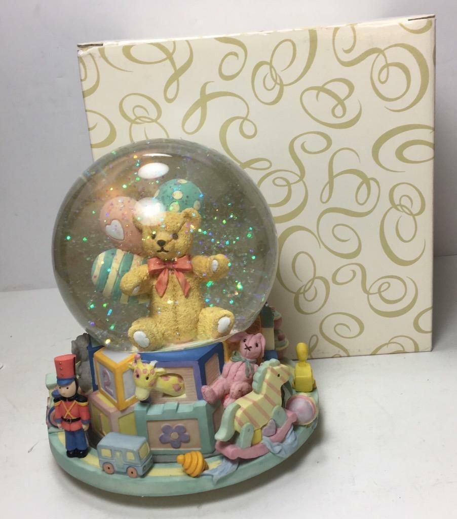 "NEW San Francisco Music Box Company ""TOYLAND"" w/ Teddy Bear 7"" Musical Globe"