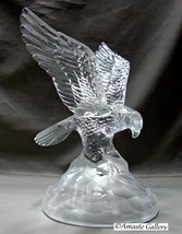 Cristal D' Arques Crystal Eagle Swooping Figurine w Frosted Base~Paperwe... - $15.99