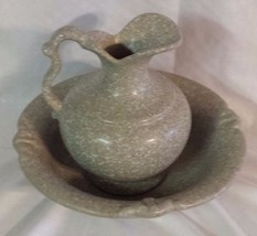 HAEGAR POTTERY  PITCHER AND BASIN BOWL GRAY AND WHITE STONE FINISH 1986 - $15.85