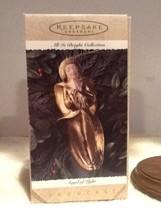 Hallmark Ornament - Angel of Light - All is Bright Series - 1995 - QK1159 - $6.95