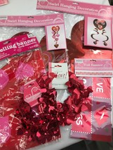 Lot of Assorted Valentines Day Party Decorations Home Decor Classroom - $12.00