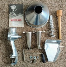 Squeezo III Strainer Garden Way Food Mill Canning Freezing Juicer  - $67.32