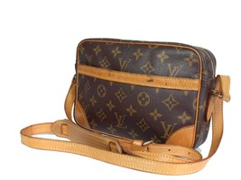 Auth LOUIS VUITTON Trocadero 24 Monogram Canvas Shoulder Bag Purse - $279.00