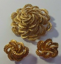 Vintage Signed COROCRAFT Gold-tone Textured Brooch & Clip Earrings - $55.00