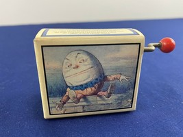 VTG Humpty Dumpty Alice In Wonderland Cardboard Music Box w/ Crank Sankyo - $24.99