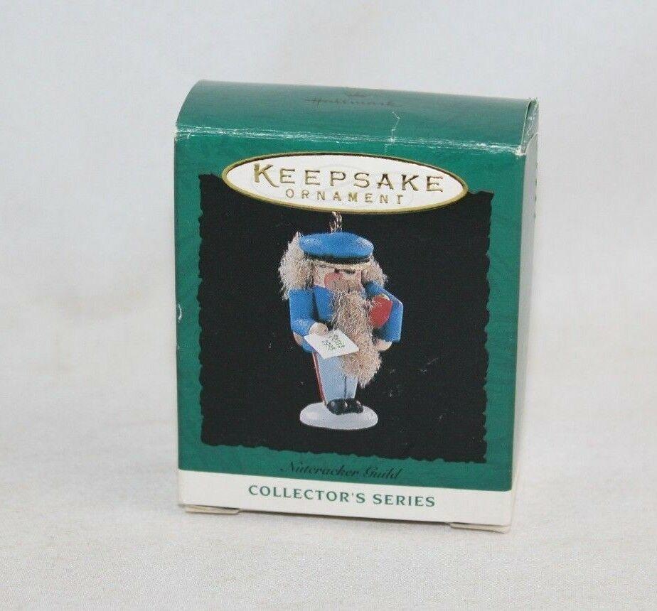 Hallmark Keepsake Ornament 1995 - Nutcracker Guild - #2 in Series - QXM4787