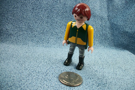 Vintage 1992 Geobra Playmobil Figure Brown Hair Yellow Green Zoo Keeper Outfit - $1.96