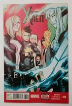 X-Men Uncanny #30 Marvel Comic Book 2013 Collectibles Superhero Issue - $4.94