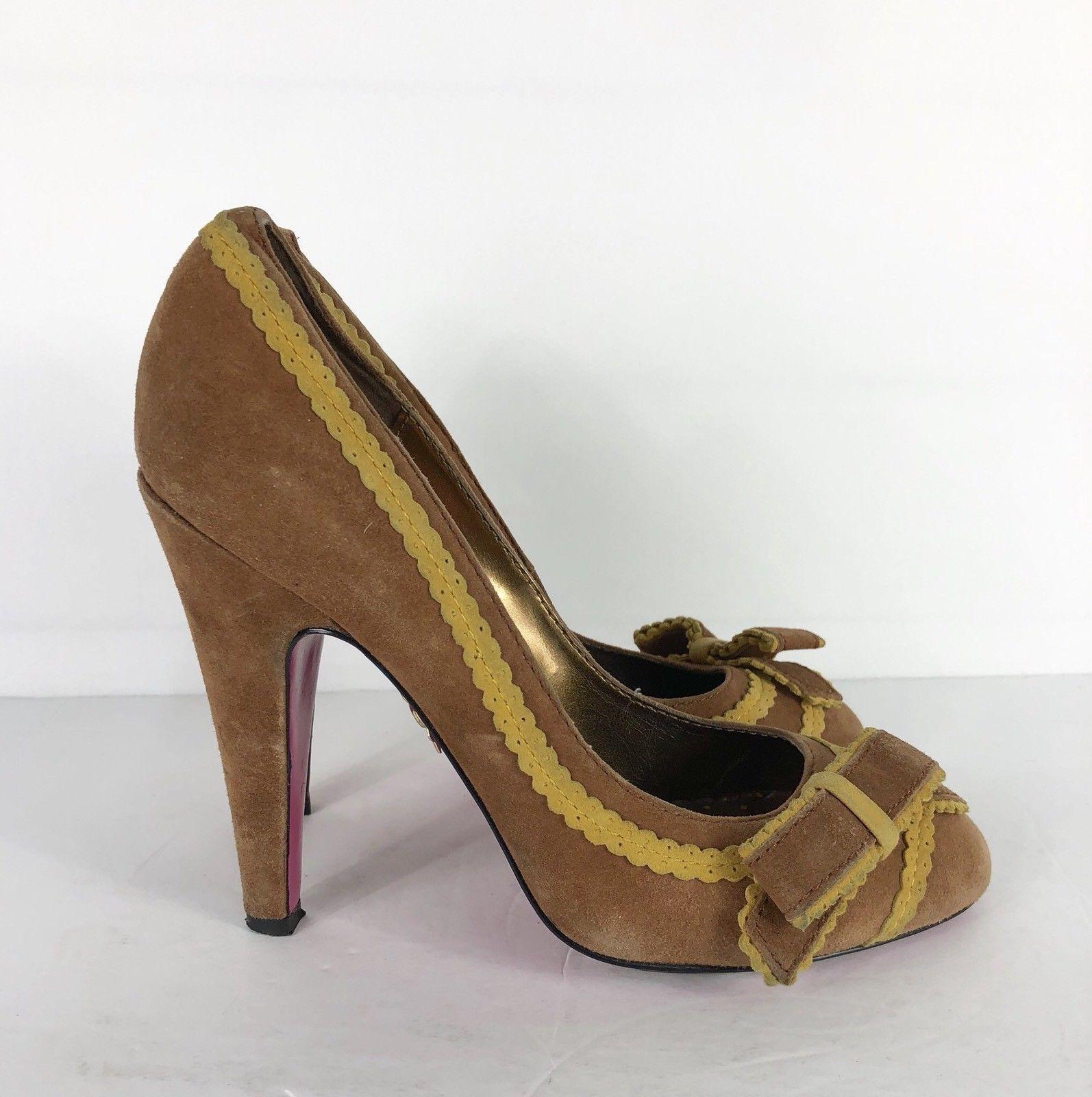 0c8f130cb3d Betsey Johnson Pump Heels Vero Cuoio Vtg Brown Suede Yellow Trim Bow Tie  7.5 M