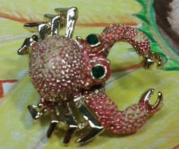 """Vintage Jewelry:;  1"""" Articulated Crab Brooch 170902 - $9.99"""