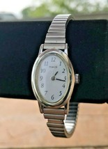 Vtg Stainless Steel Timex Silver Tone Metal Bracelet Chain Link Stretch Watch - $19.34