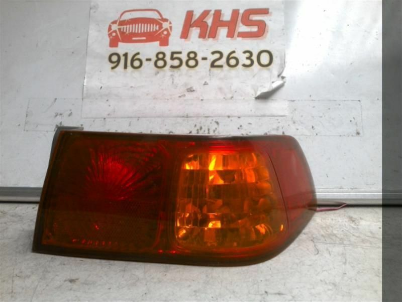 Primary image for Passenger Tail Light Quarter Panel Mounted Fits 00-01 CAMRY 271106