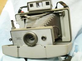 Polaroid Automatic 320  Quality Camera - Nice-  - $25.00
