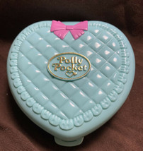 Vintage Polly Pocket Baby Time Fun Nursery 1994 Blue Quilted Heart Compa... - $39.59