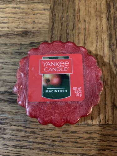Primary image for Yankee Candle Macintosh .8 Oz Melt
