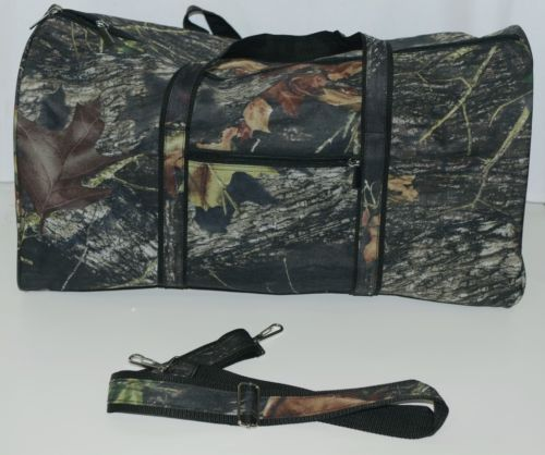 Viv and Lou M300WOODS Woods Duffle Bag Color Camouflage