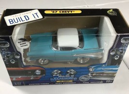 Chevy 1957 Chevy By Muscle Machines Heavy Duty Muscle Car 1:24 Skill 2  10+ - $168.00