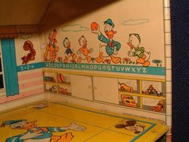 1950s Disney Marx Toy Tin Metal Doll House Donald Duck 2 Story Colonial Litho image 8