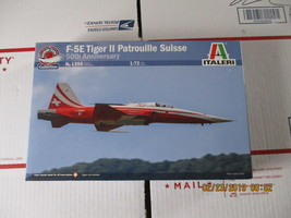 Italeri F-5 Tiger Patrouille Suisse 1/72 scale - $29.99