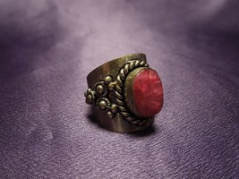 Silver Red Spinel Wide Band Regal Ring Vintage Size 8 1/2 - $64.35