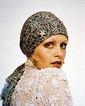 Twiggy The Boyfriend Head Scarf Cool 60'S 16X20 Canvas Giclee - $69.99